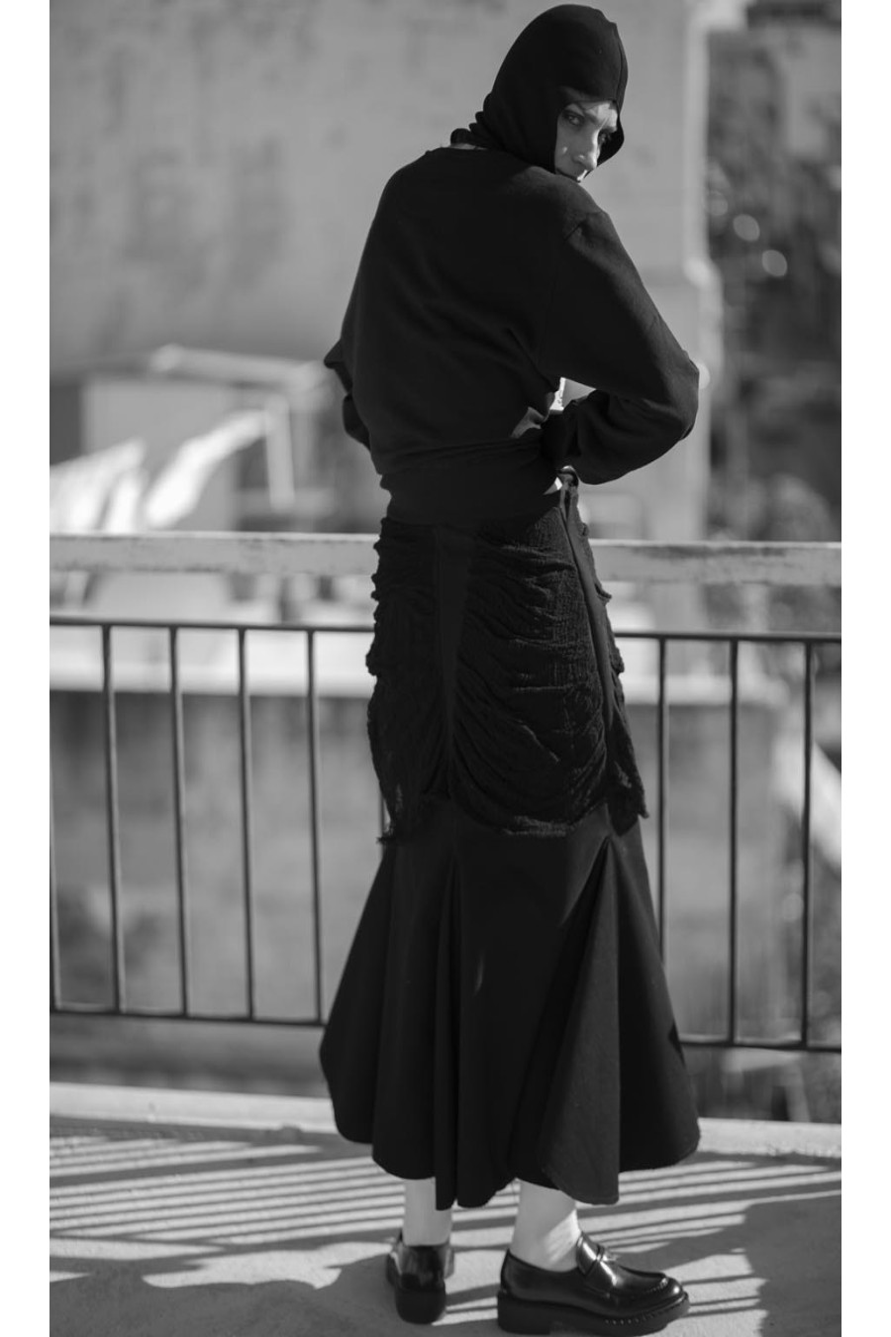 Long skirt, distressed, a-line bottom, zipper